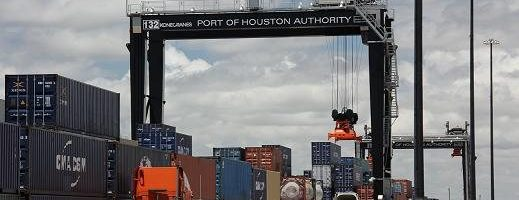 Over-The-Road Truck Driver Killed In RTG Accident  [Houston, TX  –  20 April 2017]